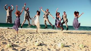 bride wedding at noosa main beach